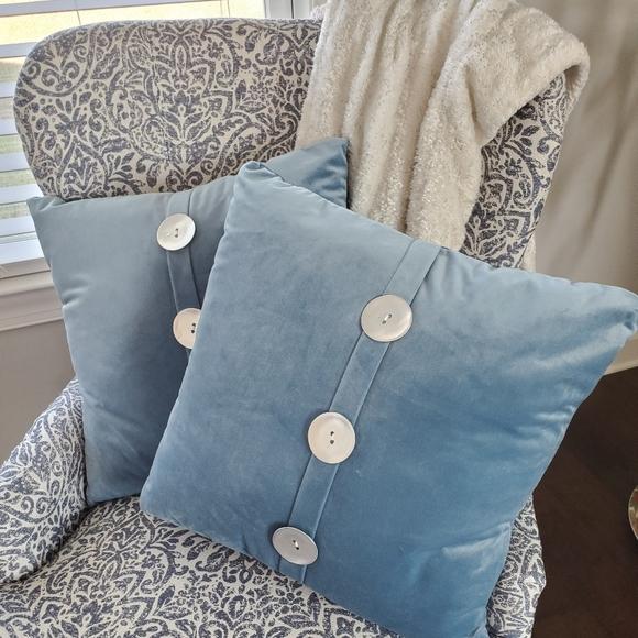 Kirklands Accents Pillows Poshmark